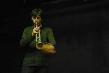 FESTIVAL PIEDNU / Sébastien Lespinasse (F) : Textes, voix. Sébastien Cirotteau (F) : Trompettes.