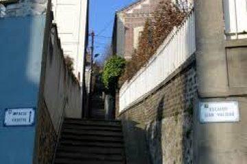 En mars, les escaliers, patrimoine atypique de la costière.